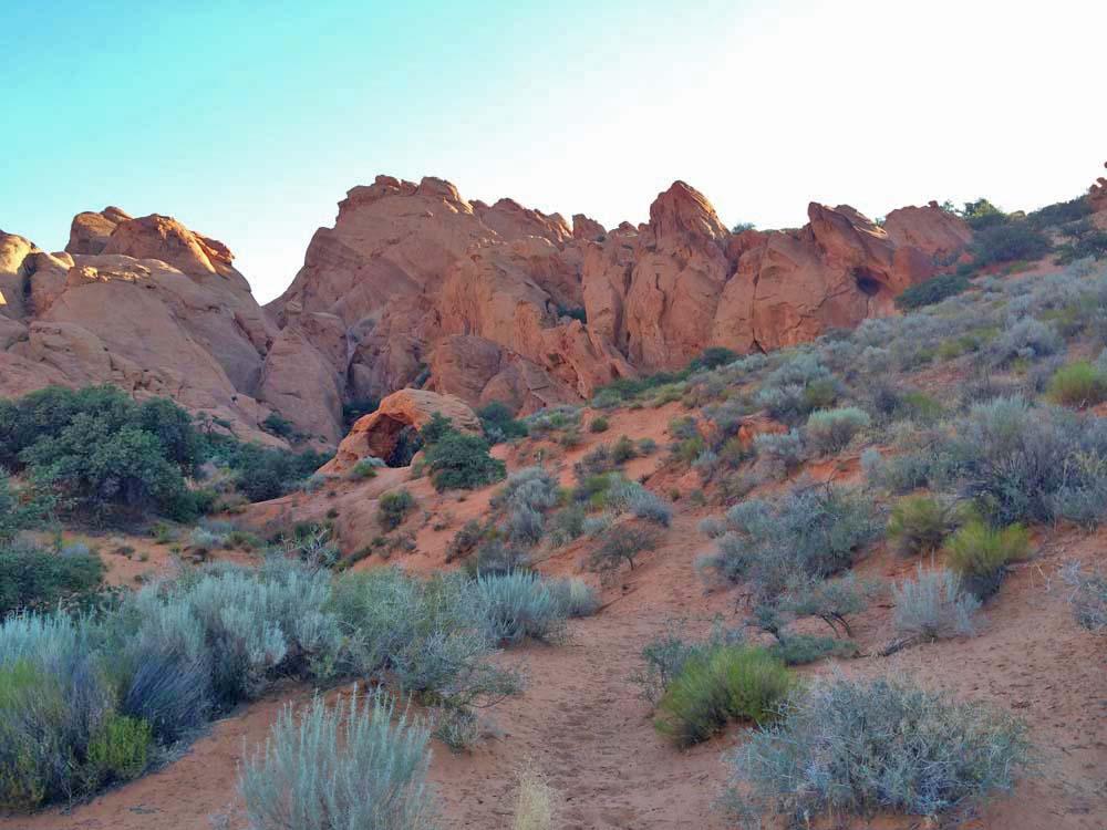Babylon Arch Trail Red Cliffs Desert Reserve